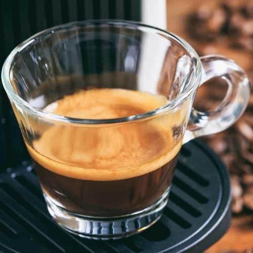 เอสเพรสโซ่ ใส่อะไรบ้าง? กาแฟเอสเพรสโซ่ทำอย่างไร?
