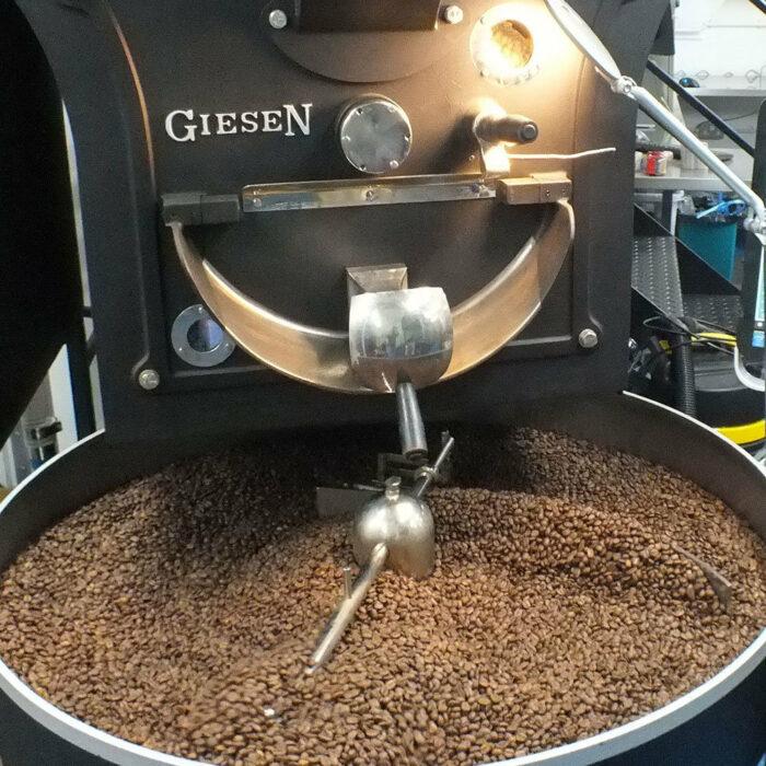 การคั่วกาแฟคืออะไร? ควรเลือกแบบไหน? คำแนะนำสำหรับผู้เริ่มต้น