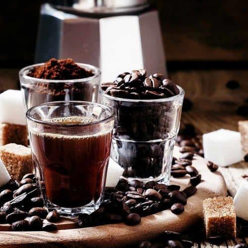 เอสเพรสโซ่กาแฟเข้มข้นรสชาติดีกับเมนูที่หลากหลาย