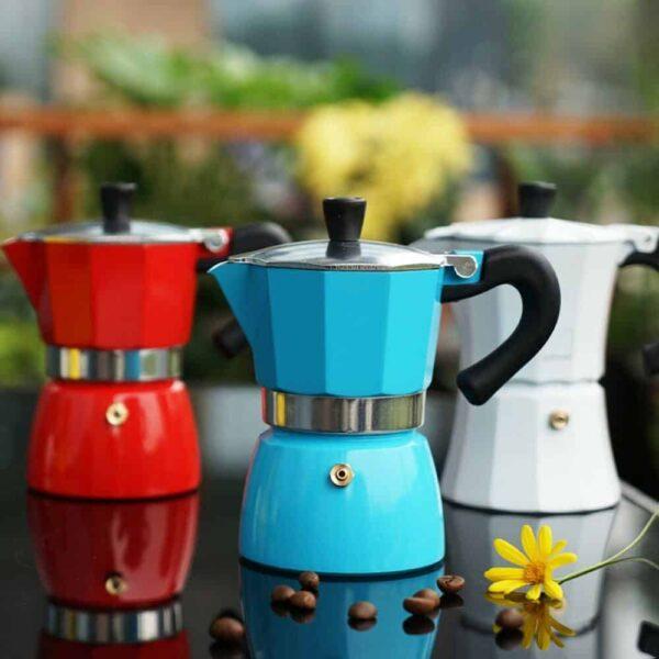 เครื่องชงกาแฟโมก้าพอตสไตล์อิตาเลียน สำหรับ 3 หรือ 6 ถ้วย