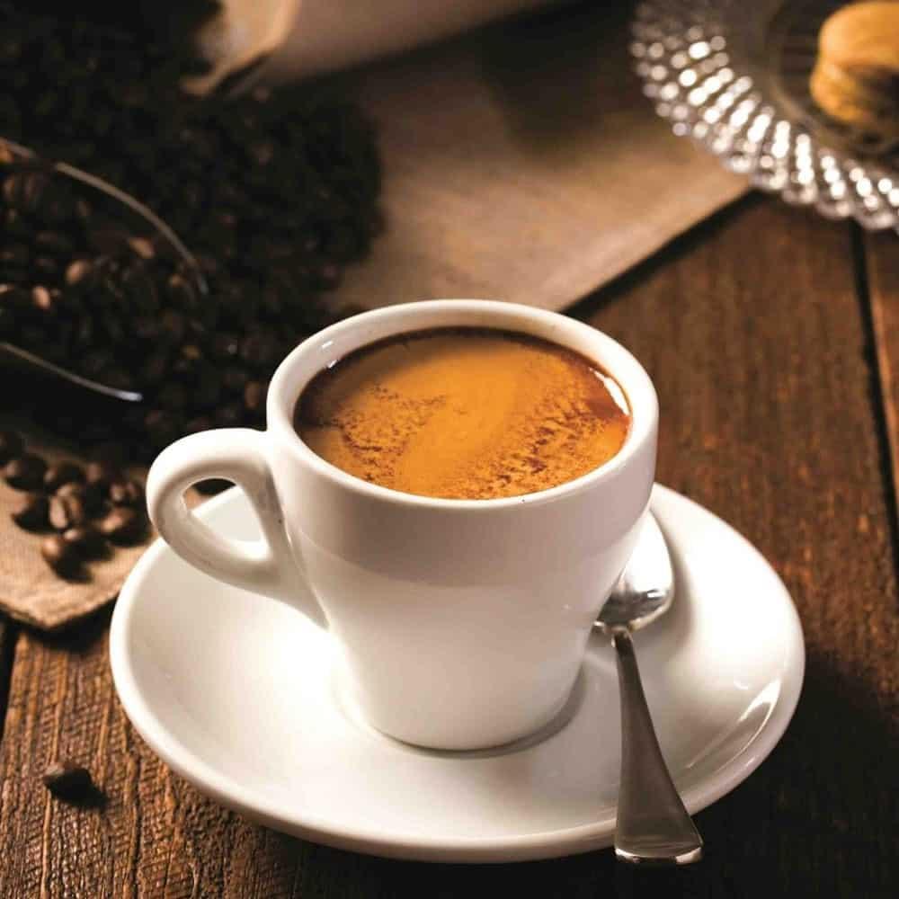 ถ้วยของกาแฟดำ